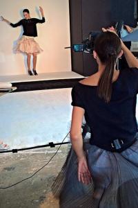 Shooting  Alli while the photographer wasnt' watching :). Fotograpfando Alli quando o fotografo nao estava olhando:)